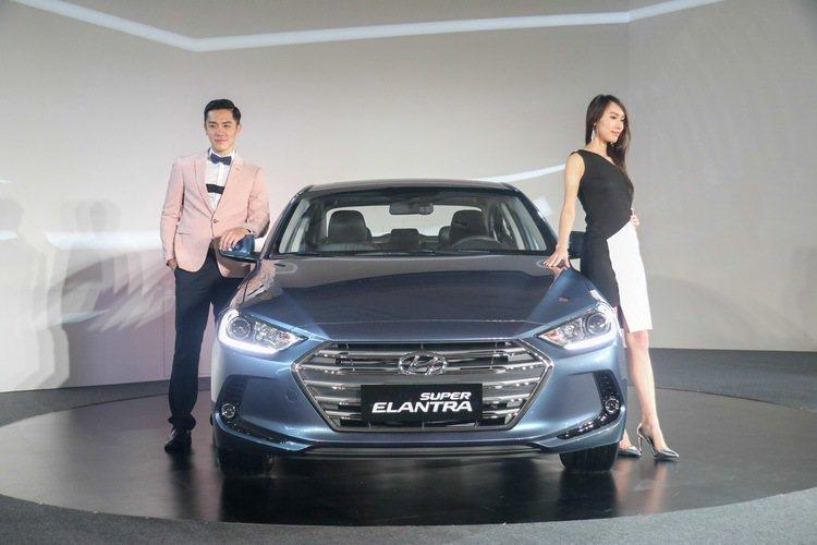 SUPER ELANTRA是現代汽車的戰略車款,主力放在2.0L汽油車款。 記者史榮恩/攝影