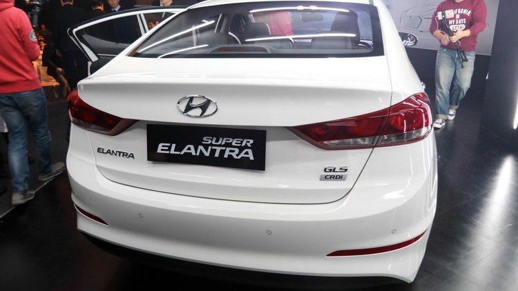 SUPER ELANTRA 1.6柴油尊貴款。 記者史榮恩/攝影