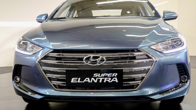 SUPER ELANTRA 2.0汽油菁英款。 記者史榮恩/攝影