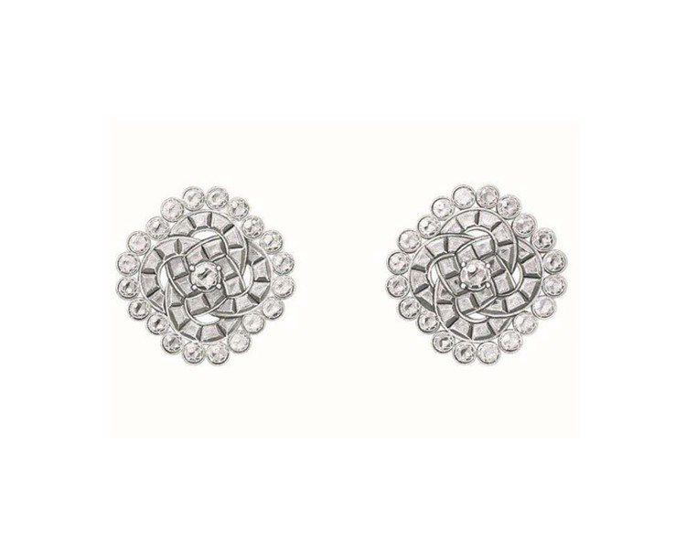 Couture Précieuse鑽石耳環,18K白金,約316萬元。圖/伯爵提...