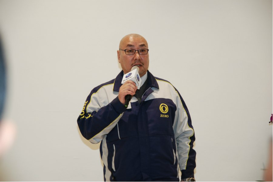 圖為日本專業汽車整備公司 TC Zero 代表人員。 記者林鼎智/攝影