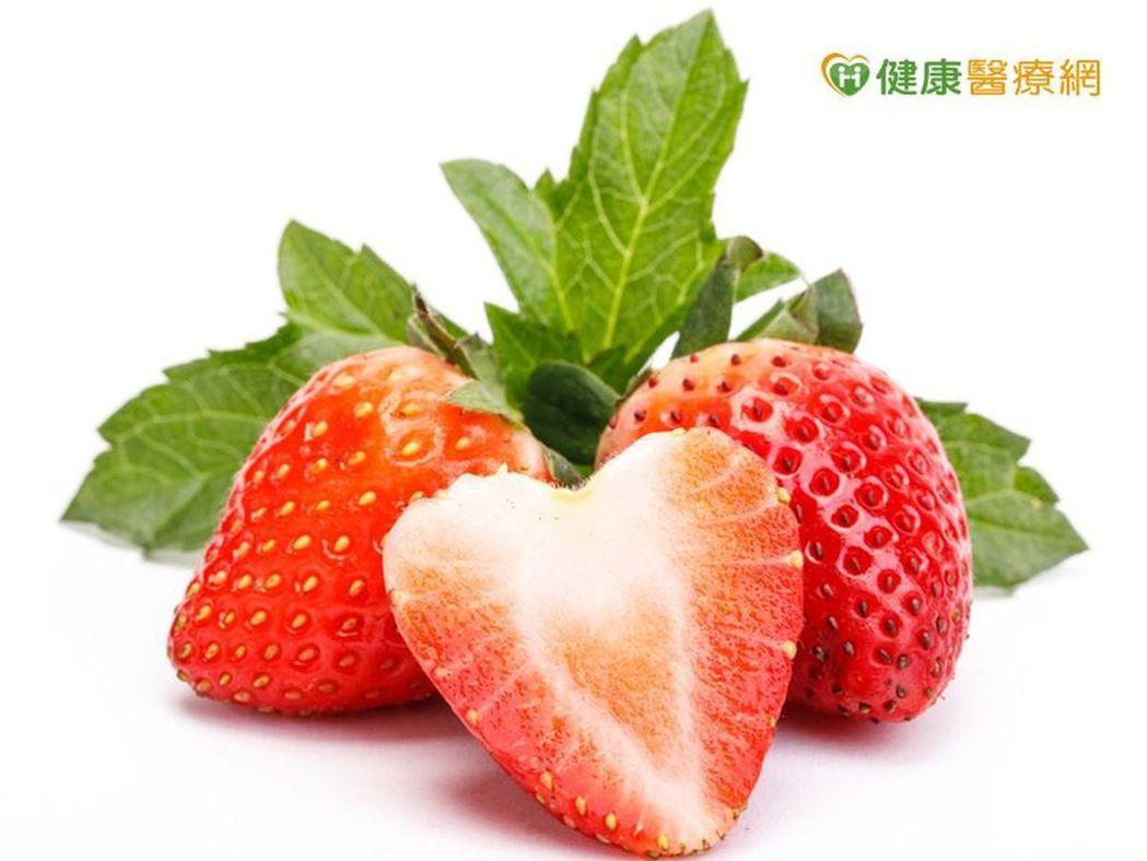 草莓有好多農藥? 這樣清洗就可健康吃
