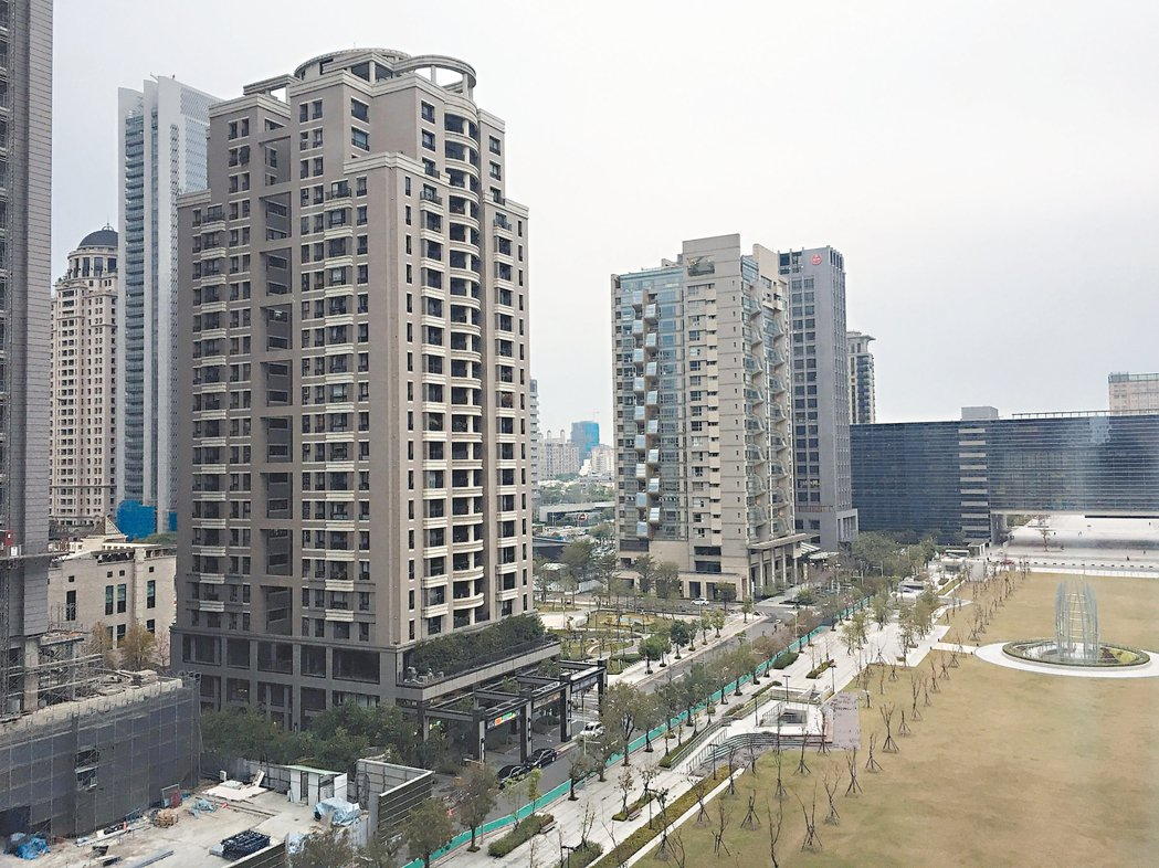 台中市地方稅務局,指七期房屋地段稅率是全市最高。 記者陳秋雲/攝影