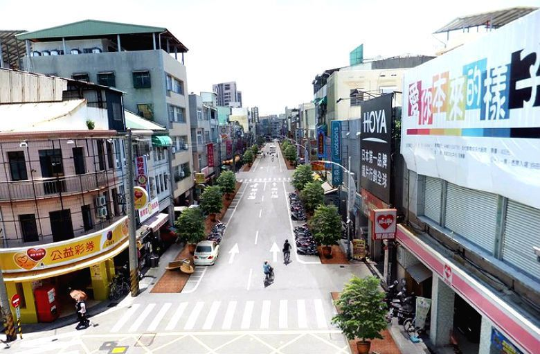 哈瑪星主要道路「濱海一路」的街道環境改造願景。 圖/高雄市政府交通局