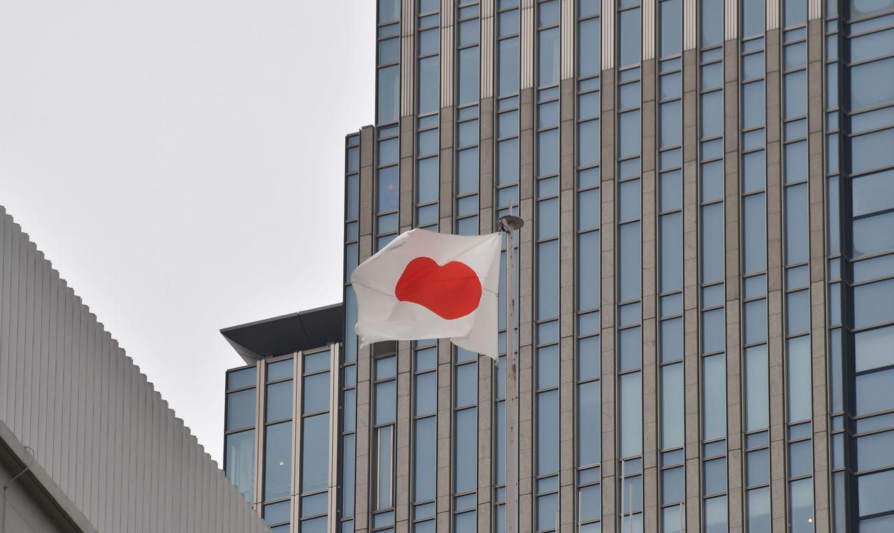 日本去年第4季GDP成長率上修為1.2%。