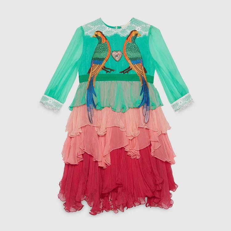 小鳥刺繡雪紡紗小禮服,65,500元。圖/Gucci提供
