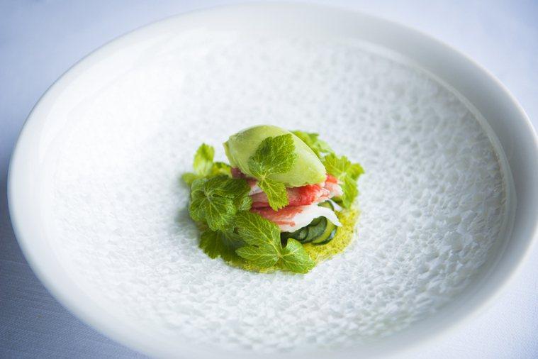 芹菜葉在西餐中卻被用來當做香料或點綴。圖/業者提供