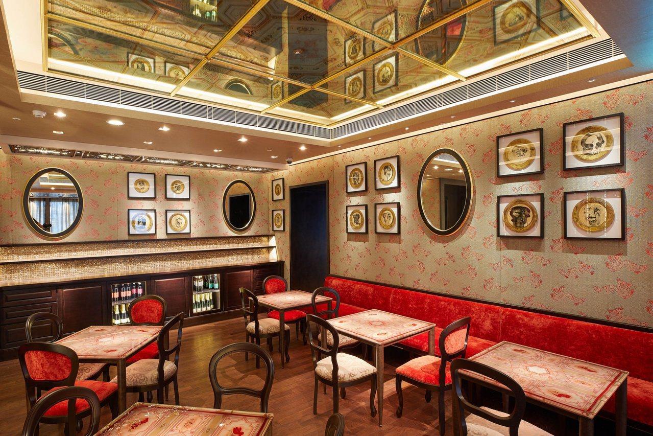 「世界最美咖啡館」入駐新光三越台北信義新天地A9。圖/福里安花神提供
