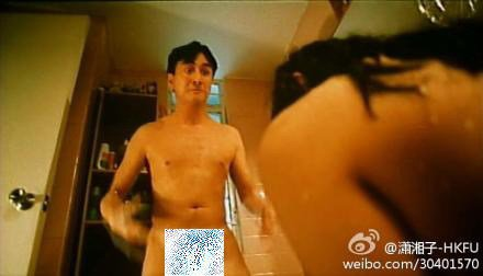 吳岱融曾在三級片「殺兄」中正面全裸。圖/摘自微博