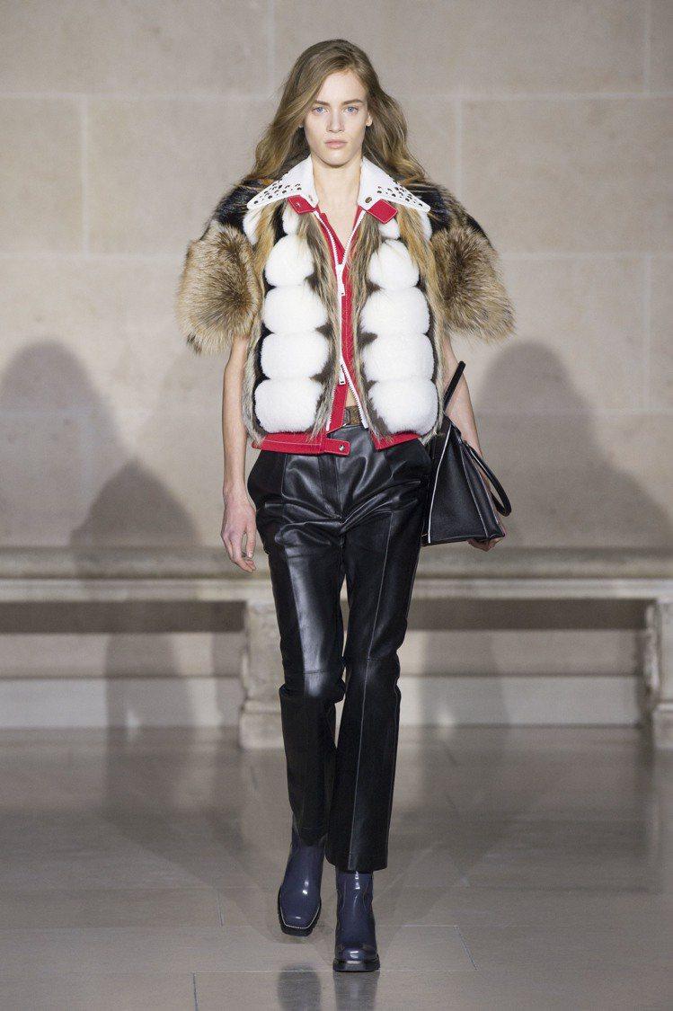 皮草與皮革的混搭是2017秋冬女裝的重要表現。圖/LV提供