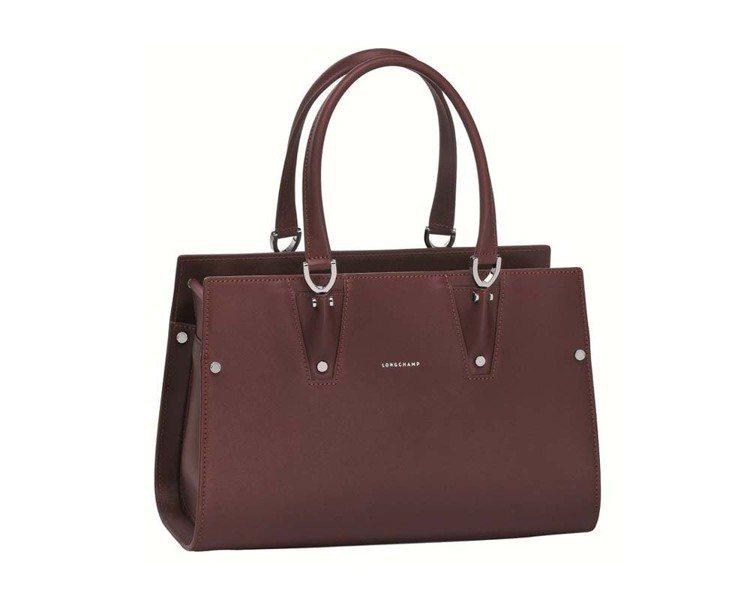 Longchamp的Paris Premier經典包,72,300元(小)、80...