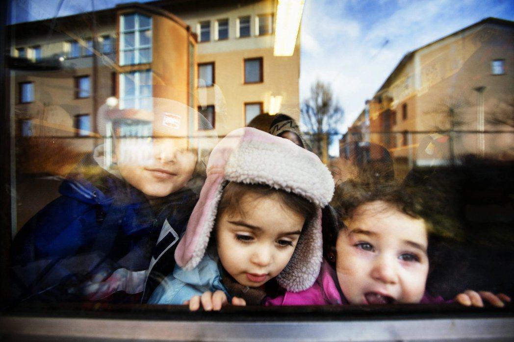 瑞典與德國等歐洲國家基於人道主義,接納難民的舉動常受到川普與保守派支持者的抨擊。...