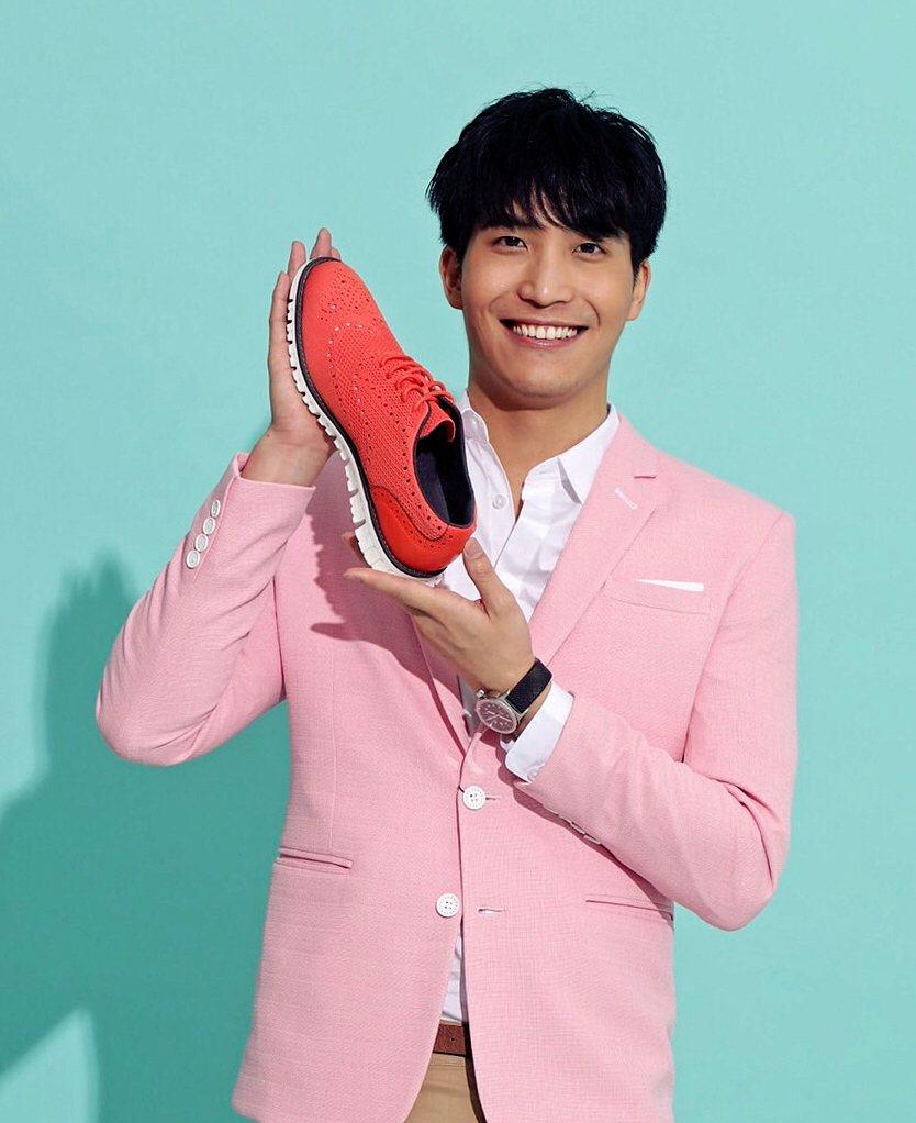 吳翔震代言名鞋。圖/HANNFORT提供