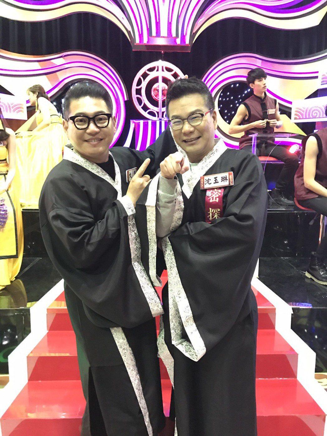 沈玉琳(右)和大愷都認為該趁年輕買房。記者葉君遠/攝影