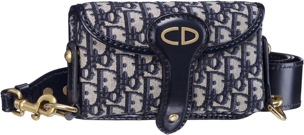 Dior Oblique丹寧色復古logo花紋帆布與小牛皮滾邊小側背包,售價53...