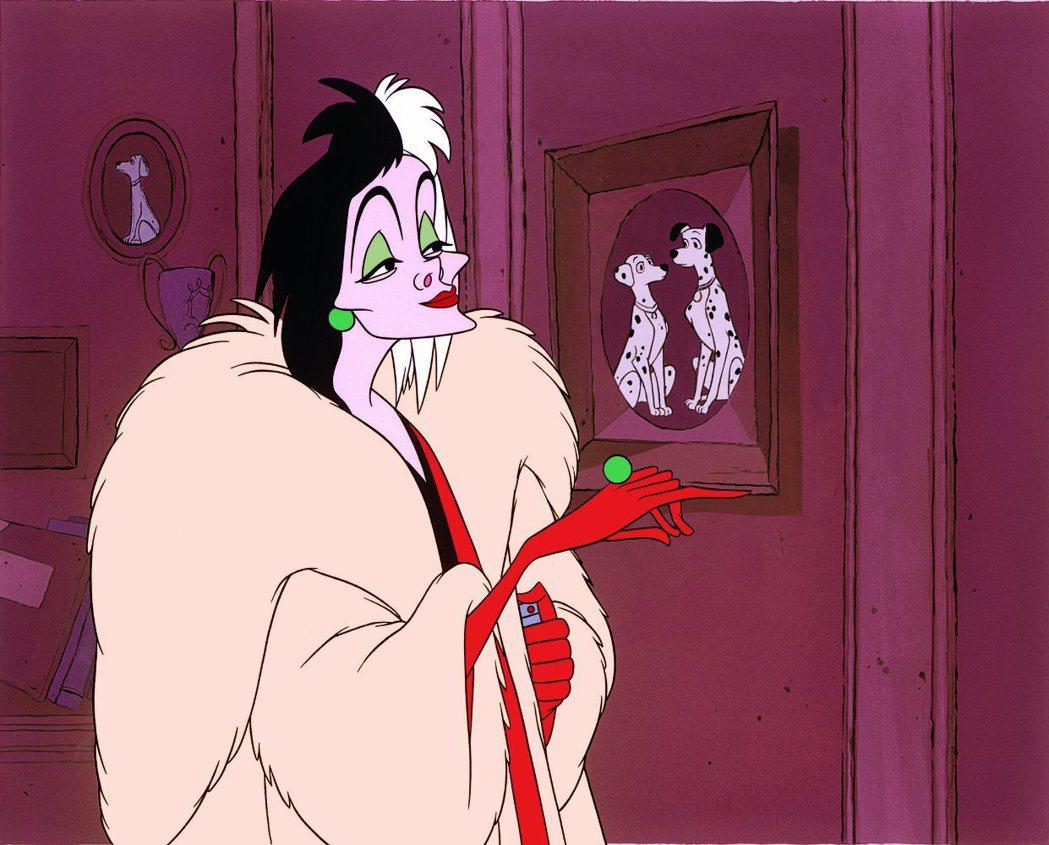 「101忠狗」壞女人庫伊拉將成為迪士尼真人版新片的主角。圖/摘自IMDB