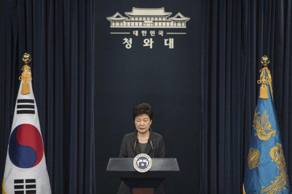 朴槿惠提前下台 損失台幣35萬月薪