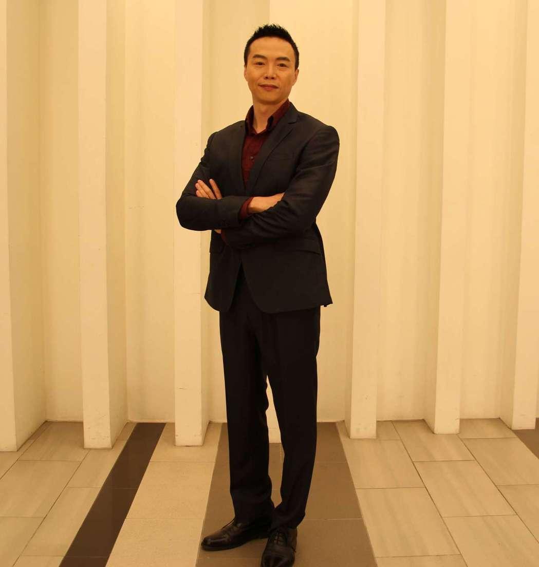 吳鈴山因反派朱火爐一角再創事業高峰。圖/三立提供