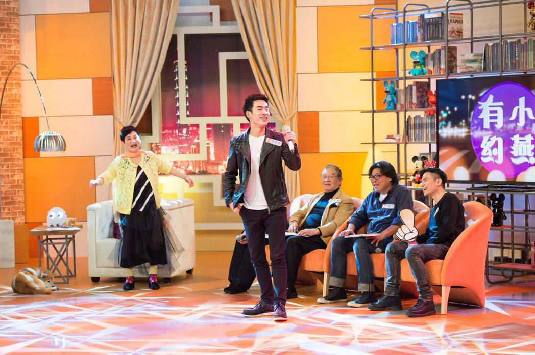 張書豪上張小燕節目為戲宣傳高歌。圖/TVBS提供