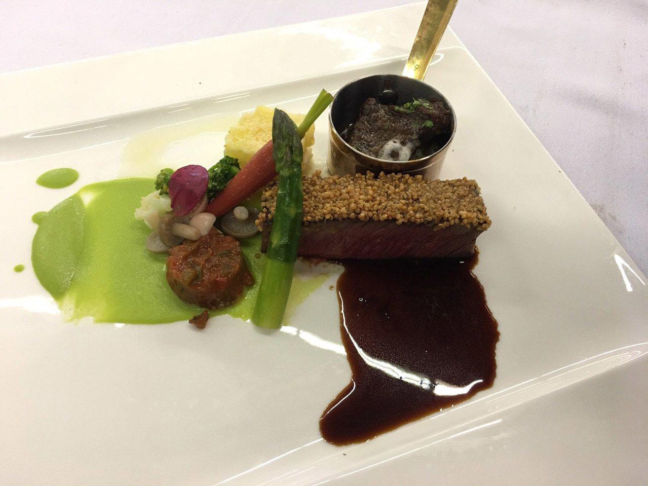 大葉大學餐旅管理學系老師彭建治的牛肉料理,獲得最高分金牌。圖/大葉大學提供