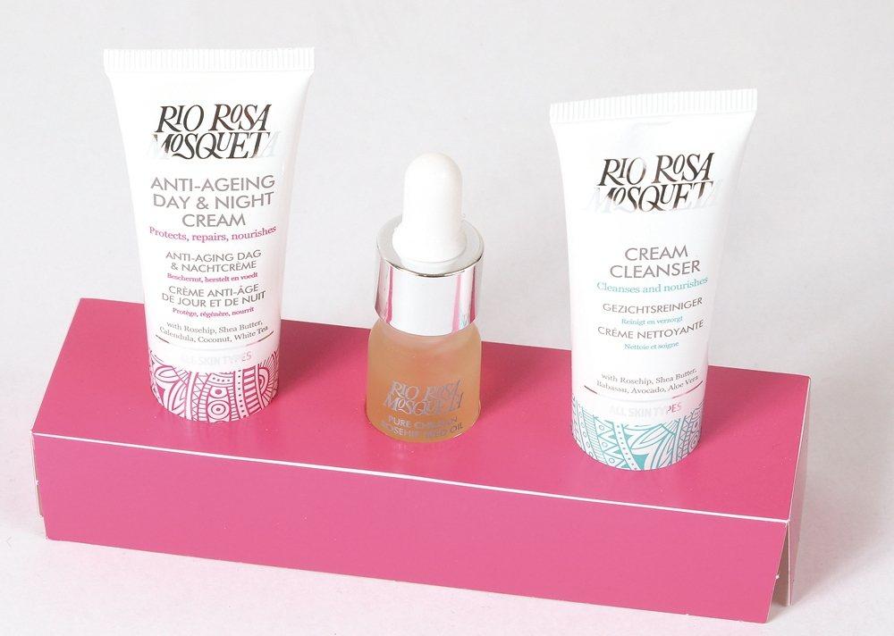 三種護膚產品,完整保濕抗老。