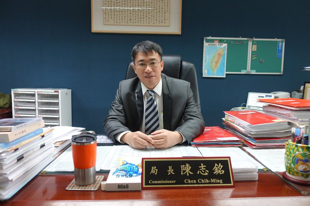 為了鼓勵都更,也保障「單一且自住」的民眾,北市財政局長陳志銘表示,將提出自住房地...