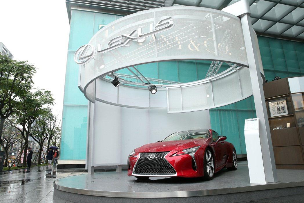 在LEXUS總代理和泰汽車向原廠爭取之下,台灣成為亞太地區唯一授權推出品牌體驗館...