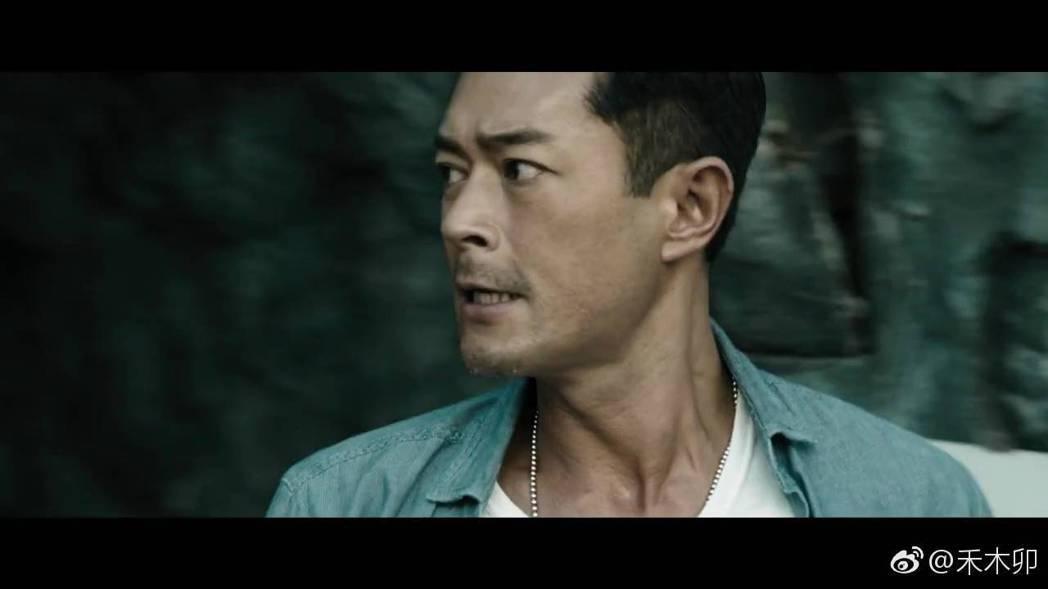 古天樂拍攝新片「貪狼」。圖/摘自微博