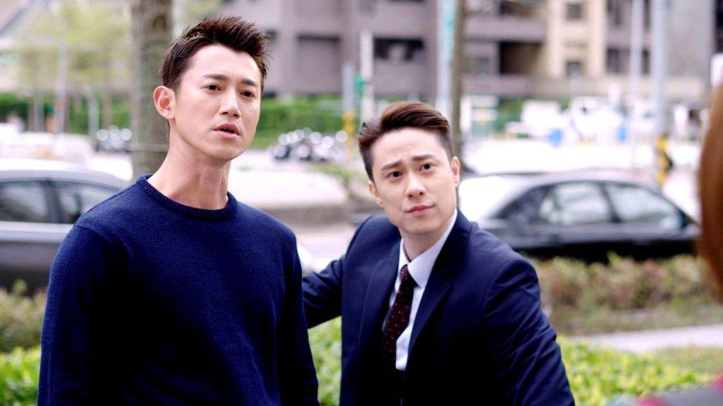 吳慷仁(左)、劉書宏搭檔演出「極品絕配」。圖/三立提供