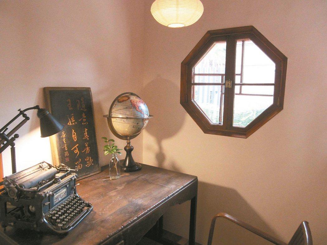 這一年來,已三度到臨沂街巷弄內一間日式房舍整修的公益(書房)圖書館,享受那三個月...