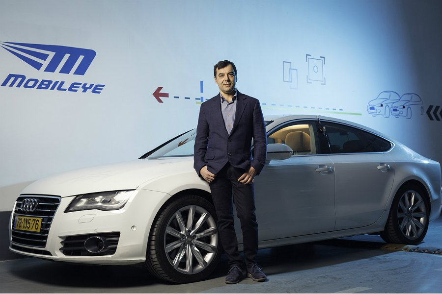 來自以色列的 Mobileye 主要研發以視覺為基礎的先進駕駛輔助系統,並曾與 Continental 推出世上第一個 LDW 車道偏離系統。 摘自 Carscoops