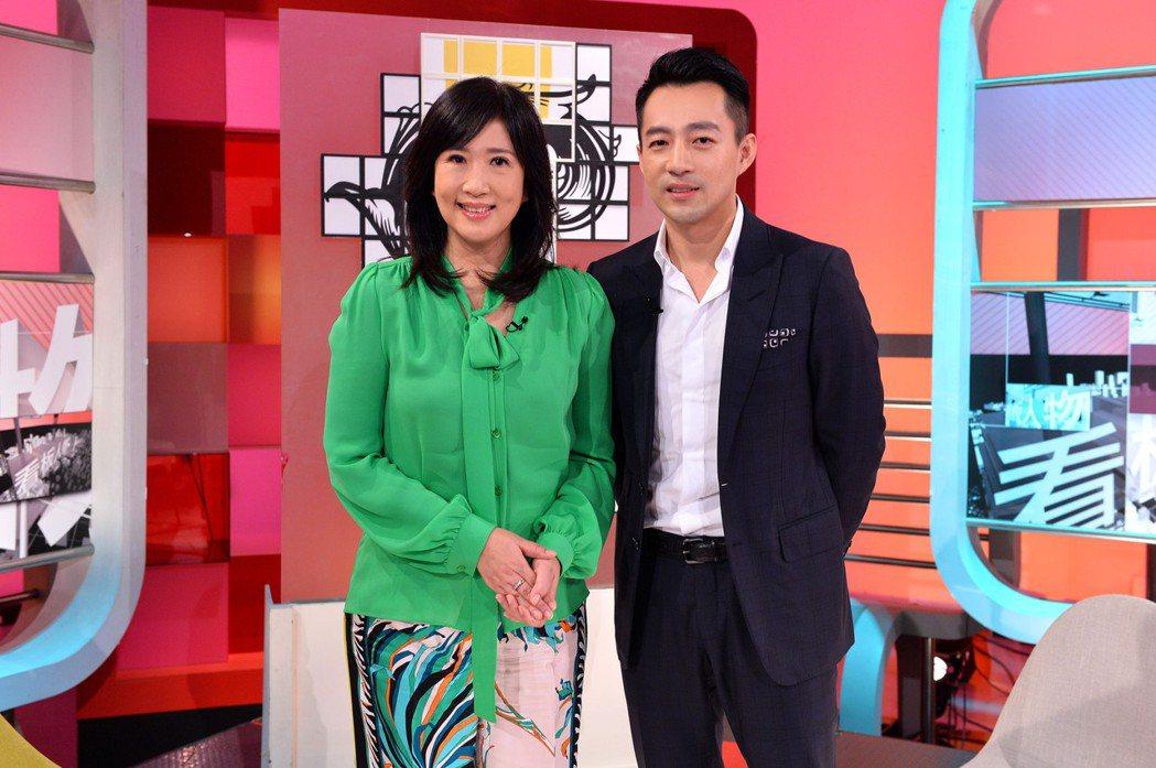 汪小菲(右)上TVBS接受專訪。圖/TVBS提供