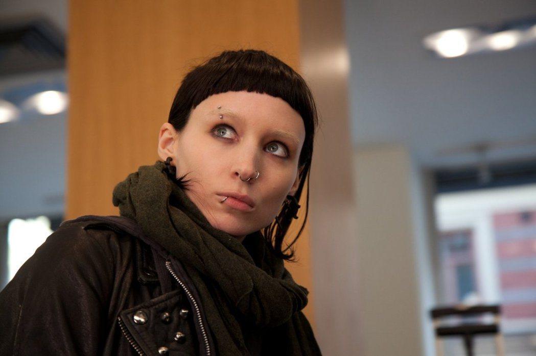 魯妮瑪拉版「龍紋身的女孩」要拍續集,她卻可能不會再參演。圖/摘自imdb