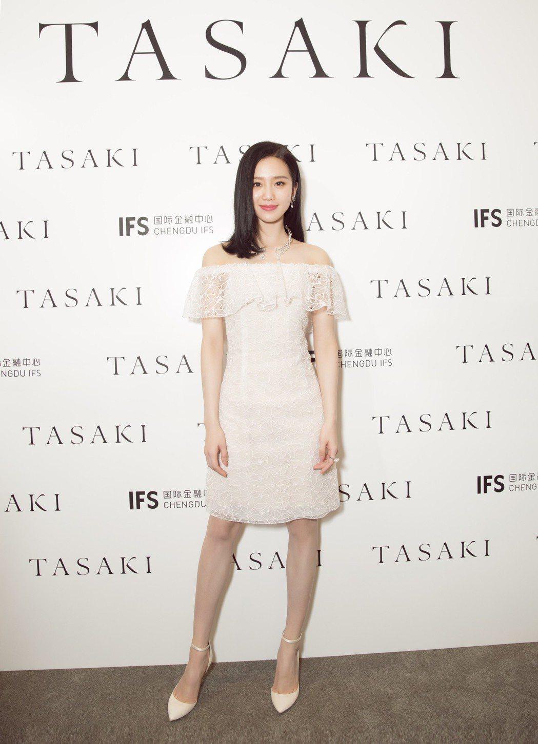 劉詩詩亮麗出席TASAKI成都國金精品店開幕。圖╱TASAKI提供
