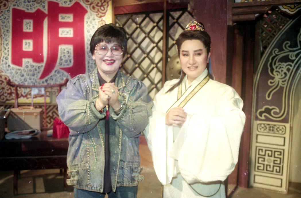 陳麗麗和楊麗花是戲劇界兩個不同領域的人,但兩人從多年前相識後即成為好友。圖為陳麗...