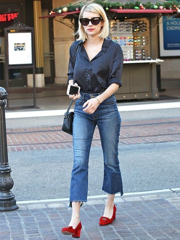 艾瑪羅伯茲穿九分喇叭褲上街。圖/摘自Pinterest