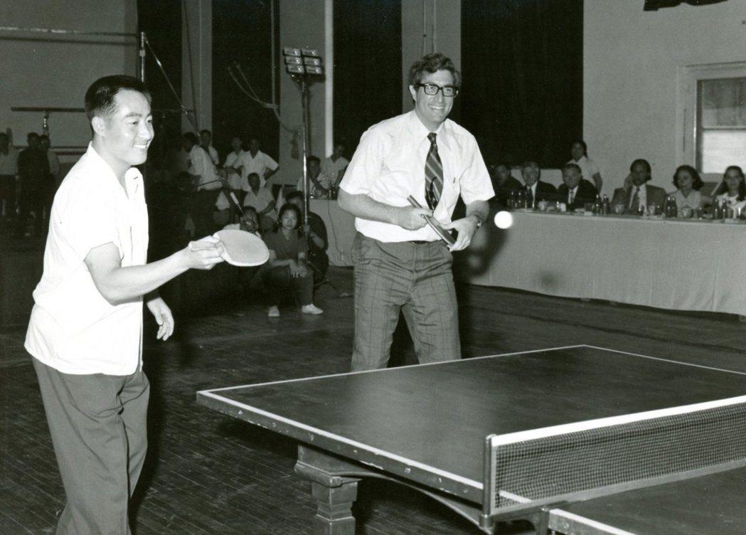 曾協助美中「乒乓外交」的美國國務院前亞太助卿索樂文13日因腦癌辭世,享壽79歲。...
