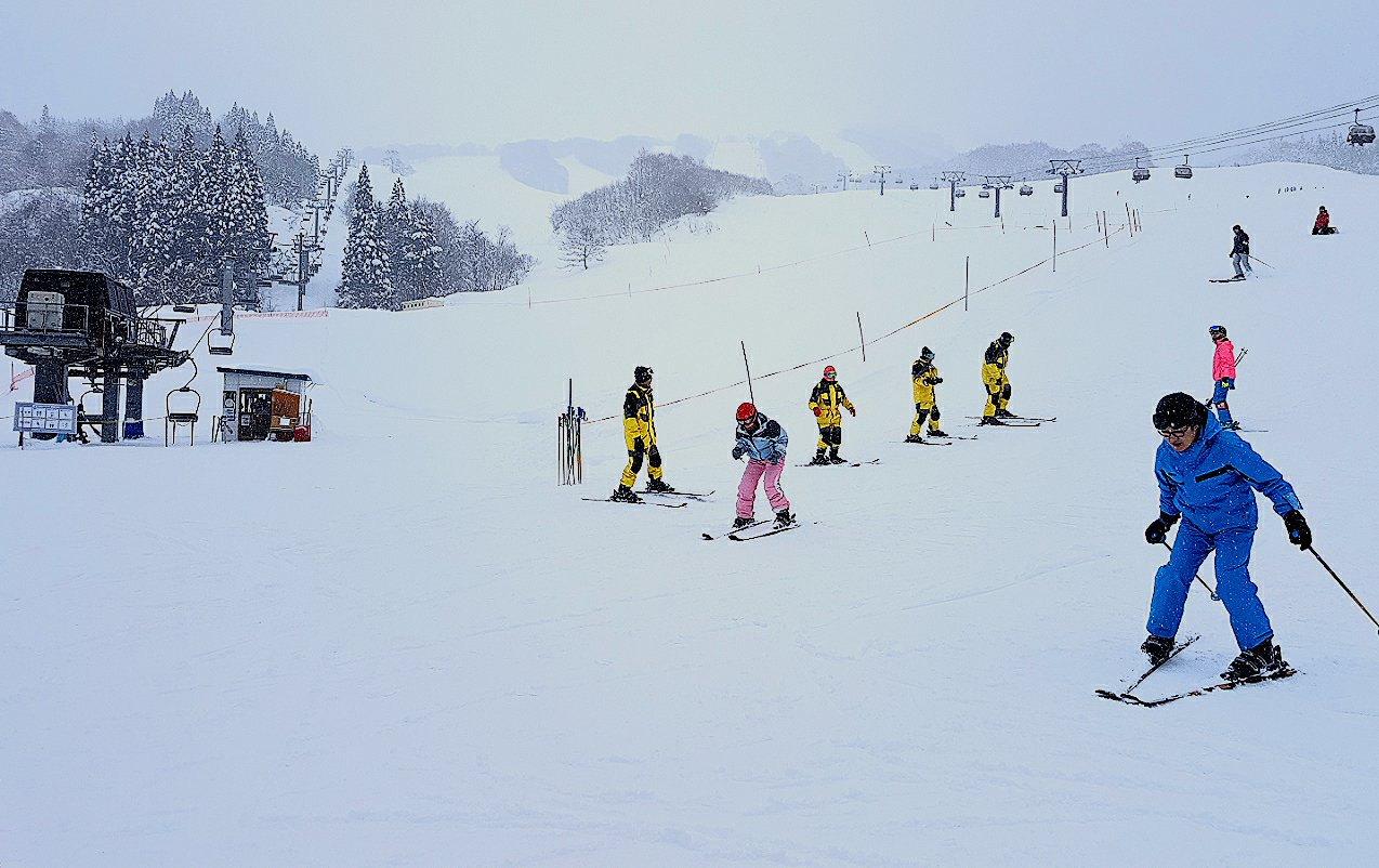 田澤湖滑雪場適合初學者入門。