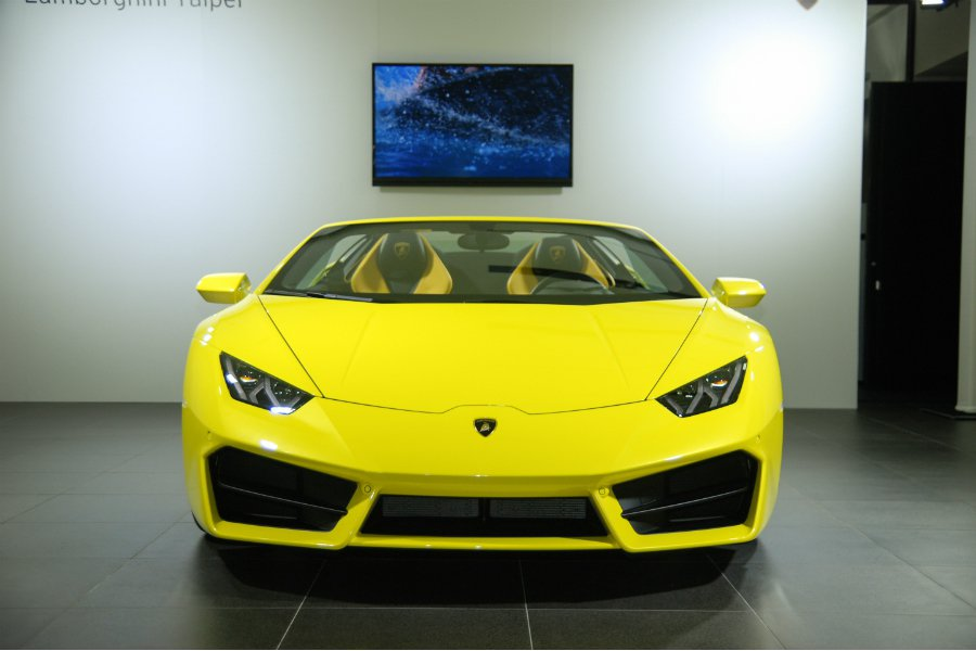 Lamborghini Huracán RWD Spyder 售價為新台幣 1,358 萬。 記者林鼎智/攝影