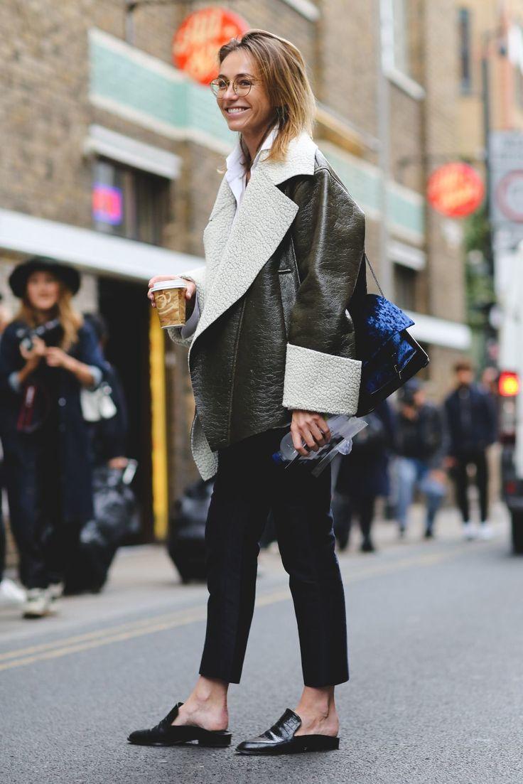 現在穿拖鞋逛街、跑趴可是最時尚的事。圖/摘自Pinterest