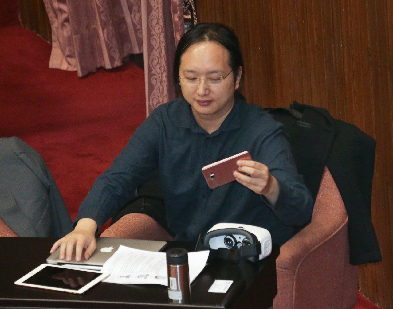 政委唐鳳。圖/報系資料照