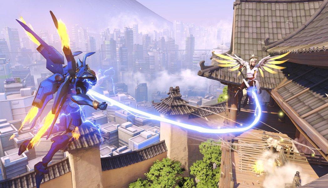 法拉與慈悲的「雙飛」組合,是英雄間的經典搭配之一。 圖/鬥陣官網