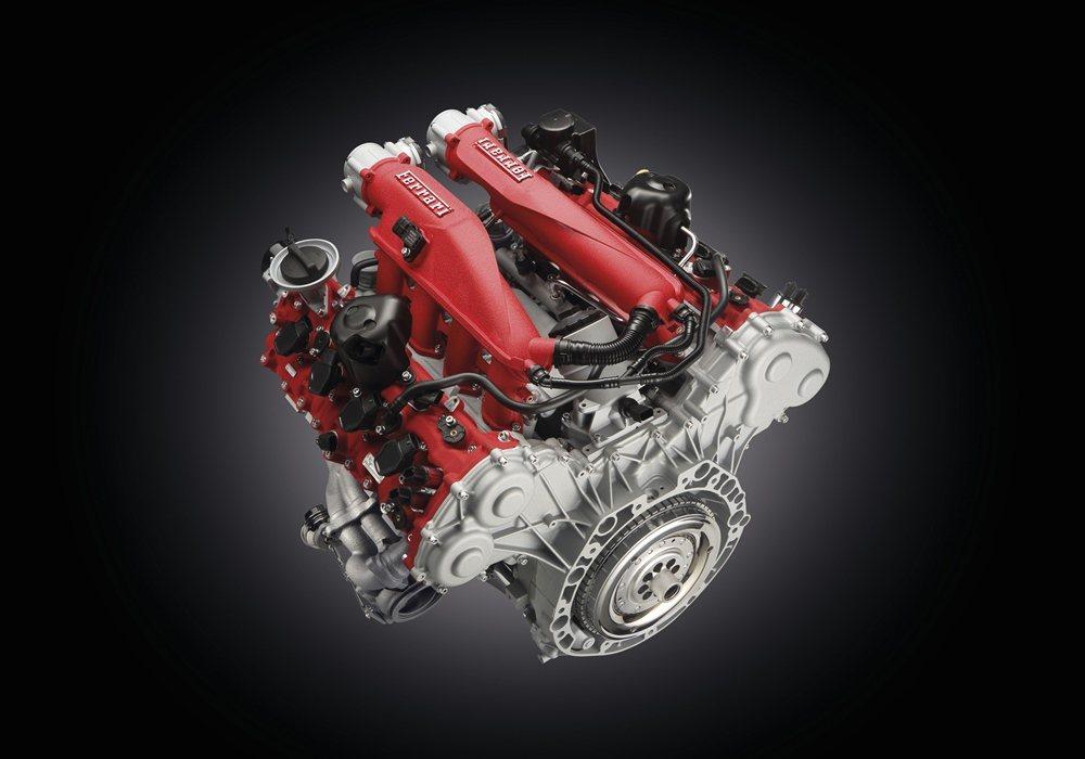 GTC4Lusso T搭載3.9升V8雙渦輪增壓引擎,結合後輪驅動系統,可輸出610hp最大馬力/7,500rpm,該動力系統獲得「2016 Engine of the year」大獎殊榮。 Ferrari提供