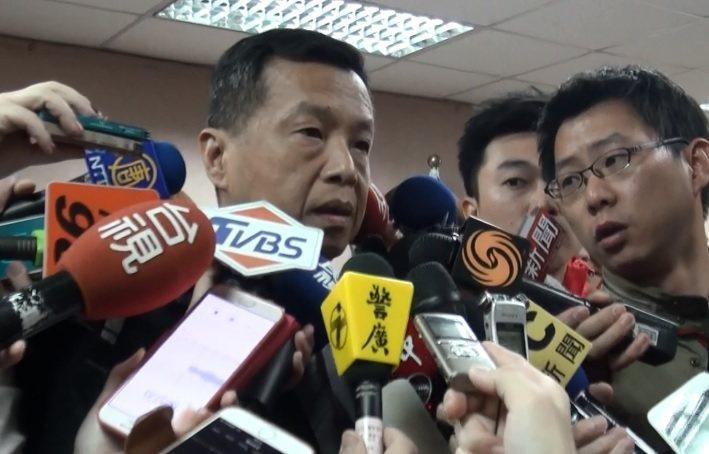 前副總統呂秀蓮退隨扈少校王鴻儒,退役後赴中國大陸經商,被調查局查獲涉入共諜案。對...