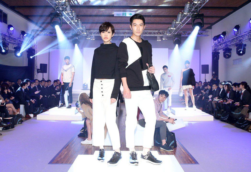 ECCO力行年輕化,休閒鞋款式更加時尚,黑白純色是春夏主打鞋款。圖/ECCO提供