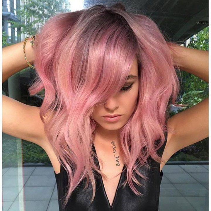 Amber Rose乾燥玫瑰色不僅在彩妝界大受歡迎,就連流行髮色也少不了它。圖/...