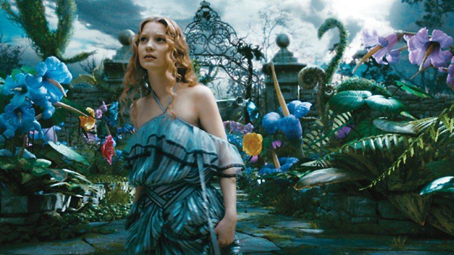 「魔境夢遊」讓「愛麗絲夢遊仙境」的瑰麗世界完整呈現。圖/迪士尼提供
