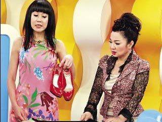 羅霈穎當年在節目中描述利菁送她的鞋子有二手痕跡。圖/本報資料照