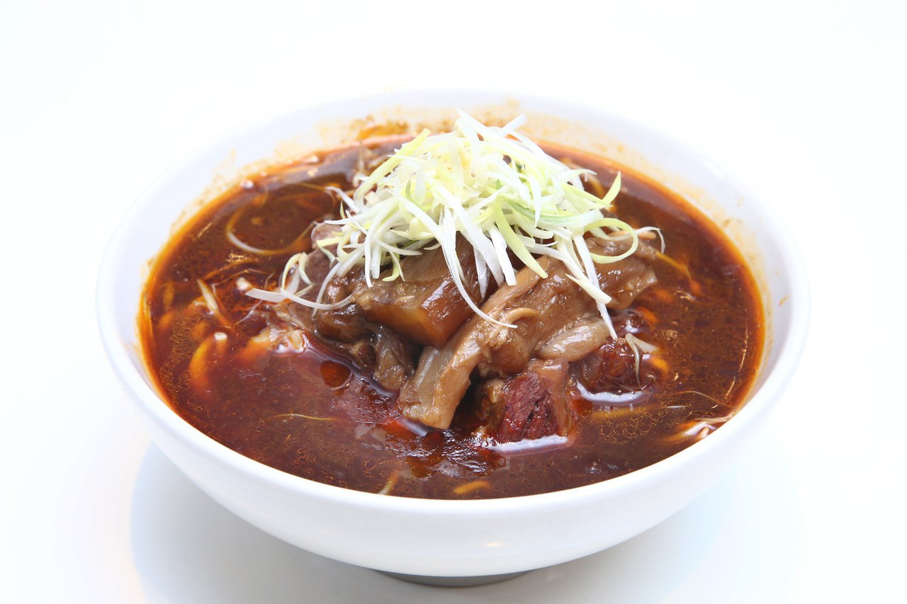 君悅飯店雲錦中餐廳溫體牛肉麵。記者蘇健忠/攝影