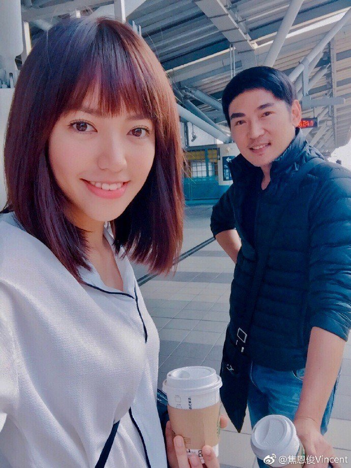 焦曼婷(左)與焦恩俊。圖/摘自微博